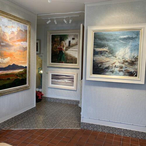 Corner Gallery